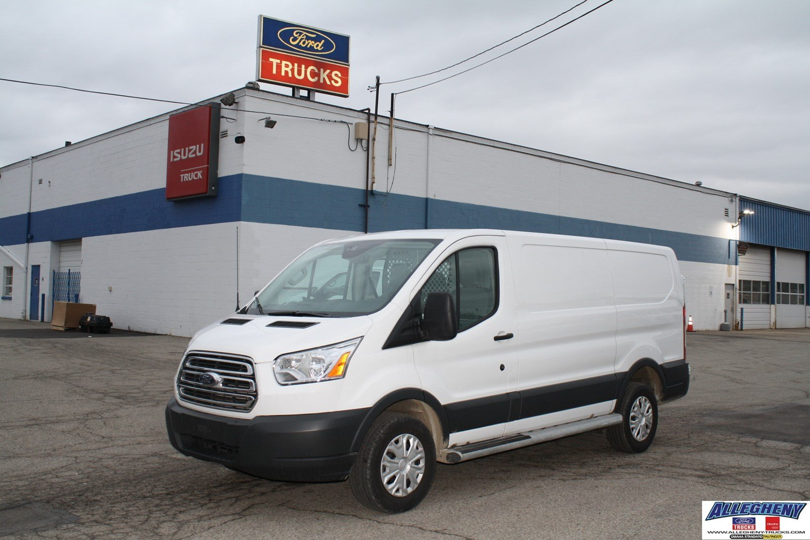 pre owned 2016 ford transit cargo van t250 full size cargo. Black Bedroom Furniture Sets. Home Design Ideas